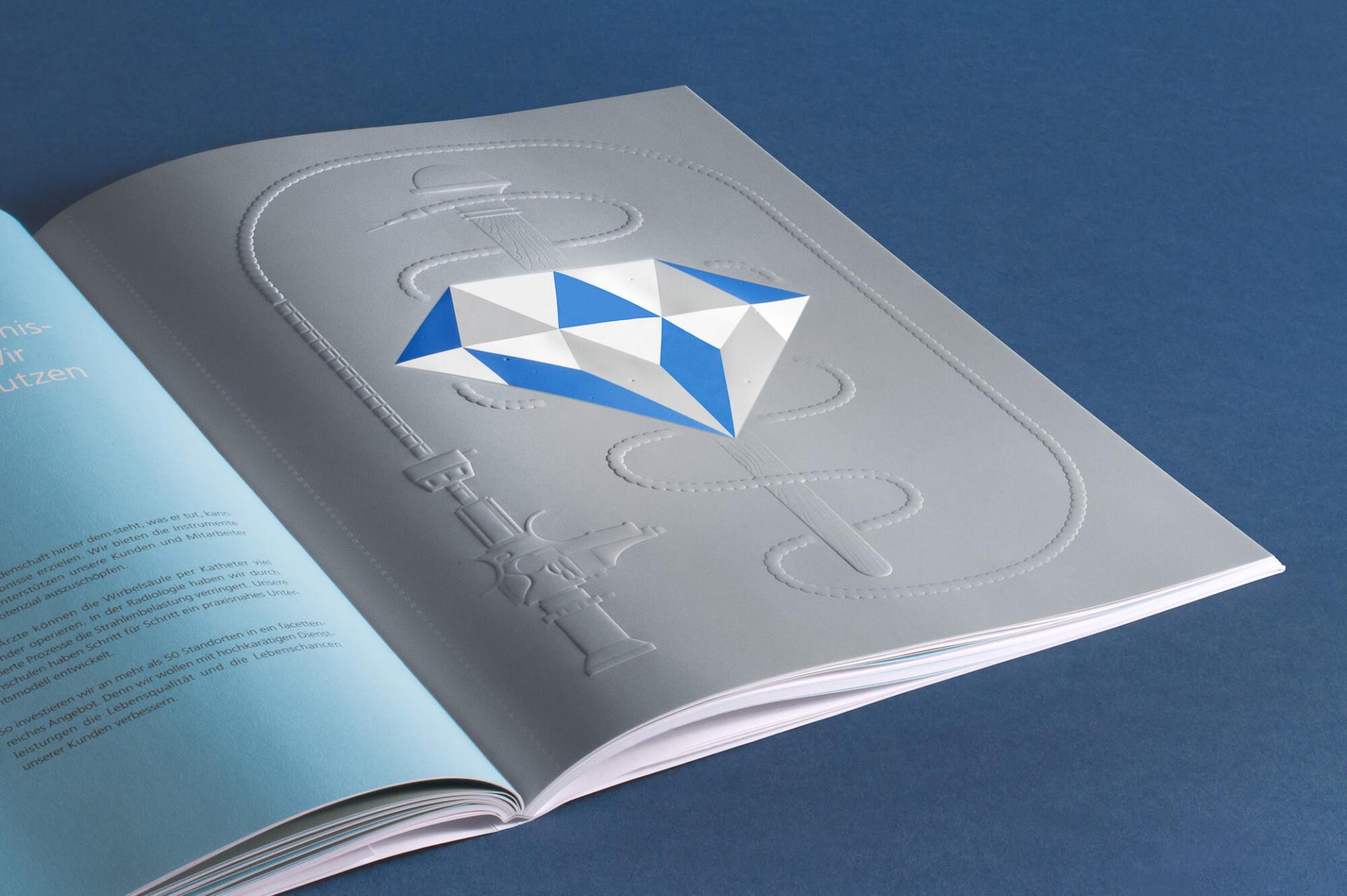 Floyds – Studio für Grafik und Design SRH Geschäftsbericht 2013